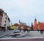 Det kungliga slottet kvadrerar i Warsaw Arkivfoto