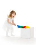 Det lilla barnet med viftar Arkivbilder