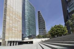 Det ljusa tornet, den digitala kulturmitten och skyskraporna arkivfoto