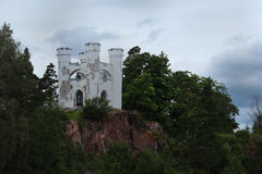 Det Lydvigsburg kapellet i Monrepo parkerar i Vyborg Royaltyfri Fotografi