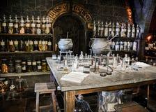 Det magiska laboratoriumet i den Harry Potter utställningen i London förenade Kingdon royaltyfria foton