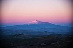 Det majestätiska Mountet Etna Royaltyfria Bilder