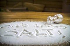 """Det medicinska begreppet äta för mindre salt †"""" Royaltyfria Bilder"""