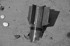 Det militära vapnet, unexploded flygplan bombarderar royaltyfri bild