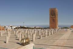 Det minnes- komplexet på platsen av fördärvar av moskén Hassan rabat morocco Royaltyfri Bild