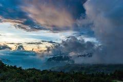 Det molnigt i yty - nordligt av Viet Nam Arkivbilder