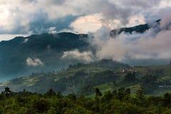 Det molnigt i yty - nordligt av Viet Nam Royaltyfri Foto
