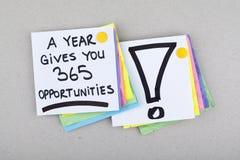 Det Motivational affärsuttrycket/ett år ger dig 365 tillfällen Fotografering för Bildbyråer