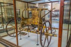 Det nationella Kairomuseet Expans ägnade till forntida Egypten, Pharaohs, mammor och egyptiska pyramider arkivbild