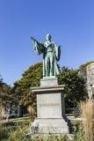 Det Newport tornet och Channing Statue, Tauro parkerar, Newport Rhode Isl Arkivbilder
