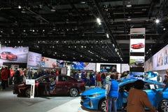 Det nya medlet 2018 modellerar på skärm på norden - amerikansk internationell auto show Arkivbilder