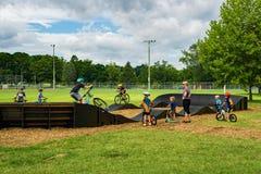 Det nya pumpspåret i Wasena parkerar, Roanoke, Va Royaltyfria Foton