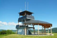 Det nya utkiktornet på kullen Brusna Royaltyfri Fotografi