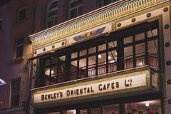 Det nyligen återöppna orientaliska kafét för Bewley ` s på Grafton Street i D Royaltyfri Fotografi