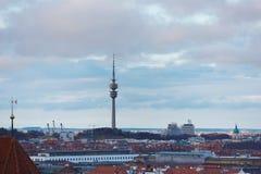 Det olympiska tornet i Munich Arkivfoton