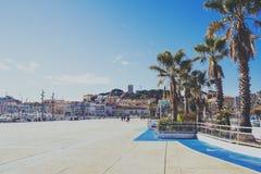Det Pantiero området i Suquet för stad för Cannes ` det gamla tornet och Vieux Po Arkivbild