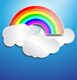 Det pappers- regnbågemolnet verkställer Arkivbild