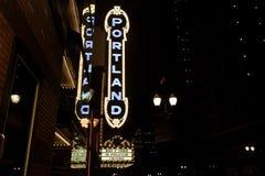 Det Portland tecknet på Arlene Schnitzer Concert Hall Arkivfoton