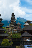 Det Pura Besakih tempelkomplexet Arkivfoto