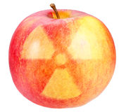Det röda äpplet med undertecknar av kärn- fara Arkivfoton