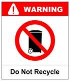 Det röda förbudtecknet som isoleras på en vit bakgrund - återanvänd inte denna objektsymbol Svärta pictogramen in, varna förbjudi Royaltyfri Bild