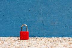 Det röda tangentbordet låser Fotografering för Bildbyråer