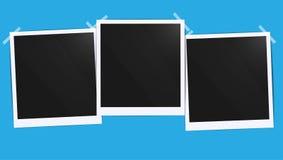 Det realistiska tomma fotosvartmellanrumet inramar grupperingsmodellen som limmas med bandet Gör det med illustrationen för lutni royaltyfri illustrationer