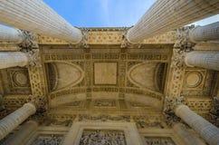 Det rikt dekorerade taket av panteon i medeltalar, Frankrike arkivfoto