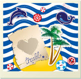 Det roliga kortet med delfin, valet, ön med gömma i handflatan  Royaltyfri Fotografi