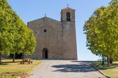 Det romanska helgonet Denis Church-Tourtour, Frankrike Fotografering för Bildbyråer