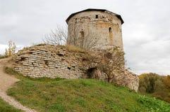 Det rytande tornet är en defensiv struktur på kusterna av royaltyfria bilder
