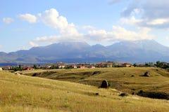 Det sceniska landskapet av berget Arkivbild