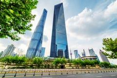 Det Shanghai tornet och den finansiella mitten för Shanghai värld Arkivfoto
