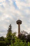 Det Skylon tornet i Niagra faller Ontario Royaltyfri Fotografi