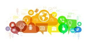 Det sociala massmedia knyter kontakt samtal, och anförande bubblar illustrationen royaltyfri illustrationer
