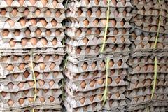 Det staplade ägget paketerar för Royaltyfri Fotografi