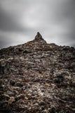Det steniga steniga öde landskapet av Island tonat Arkivfoto
