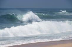 Det stora hav vinkar Arkivbilder