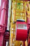 Det stora röda folket för forl för ferrishjul spelar på Kobe Harborland Arkivbilder