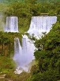 Det storslagna Iguazuet Falls på den brasilianska sidan royaltyfri bild
