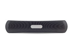 Det svarta bashögtalareljudet och synkroniseringsbluetooth med smartphonen isolerade nolla Arkivfoton