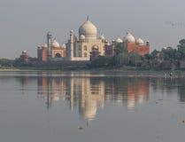 Det Taj Mahal komplexet av Agra, Indien arkivfoto