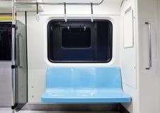 Det tomma gångtunneldrevet placerar Royaltyfria Bilder