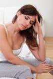 Ung stressad kvinna Royaltyfria Bilder