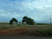 det var ett mycket roligt hus, där var inget tak, där var ingenting royaltyfria foton