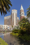Det Venetian hotellet under dagsljus i Las Vegas, NV på Juni 05, Arkivfoton