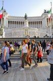 DET VIKTORIANSKT, VITTORIO EMANUELE MONUMENT, VENEDIG PLAZA, HISTORISK MITT FÖR ROME ` S, ITALIEN Arkivfoton