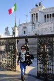DET VIKTORIANSKT, VITTORIO EMANUELE MONUMENT, VENEDIG PLAZA, HISTORISK MITT FÖR ROME ` S, ITALIEN Royaltyfri Fotografi