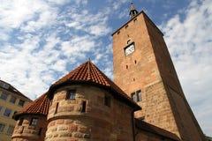 Det vita tornet i Nuremberg Royaltyfri Fotografi