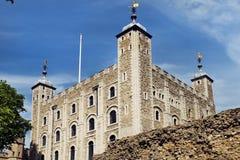 Det vita tornet på tornet av London Royaltyfri Bild